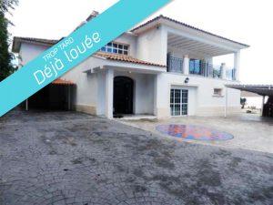 Vente/Location : Maison 300m2 La Eliana (650.000€/1500€) ref: 12086