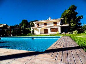 Vente/Location : Maison 400m2 La Eliana (990.000€/3100€)
